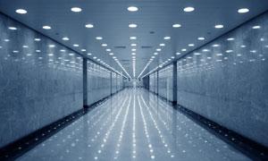 走廊过道灯光摄影图片