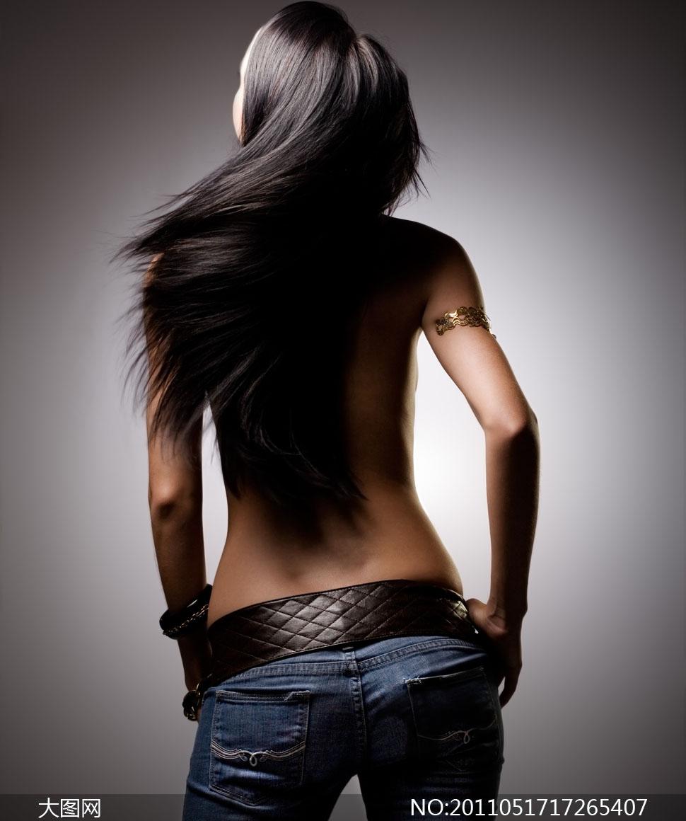 长发飘飘的美女背影摄影图片 - 大图网设计素材下载