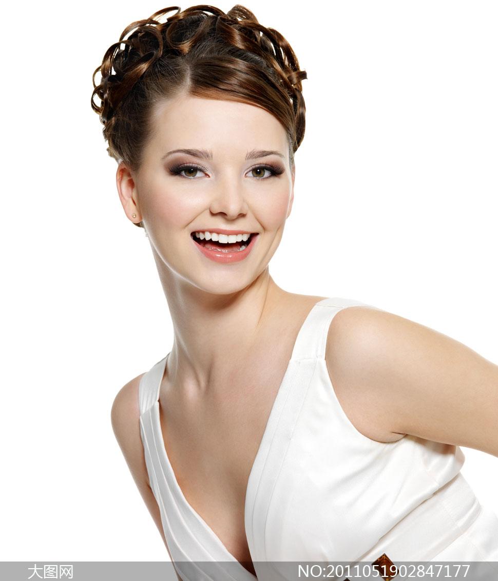 美丽笑容美女发型摄影图片 - 大图网设计素材下载