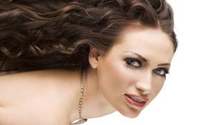 美女人物卷曲发型高清摄影图片