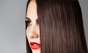红唇女人长发高清摄影图片