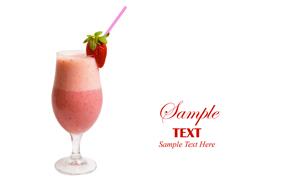 草莓口味奶昔摄影高清图片