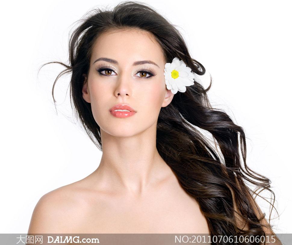 美女高清美女照片_a美女照片花丛长发长发最强-狗美女图片与大图片