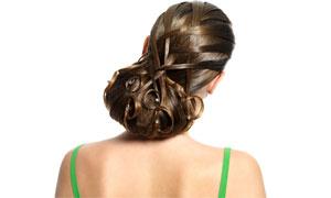 绿色吊带盘发美女人物背部高清摄影图片