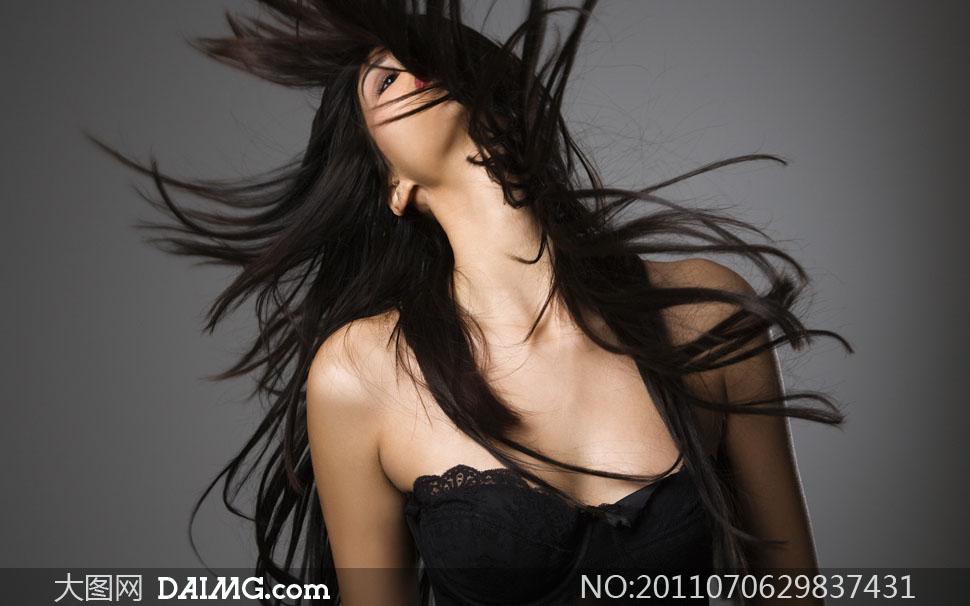 乌黑头发的性感美女人物高清摄影图片
