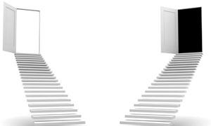 开着的门与悬浮台阶创意高清图片