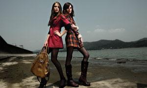 国外模特海边秀品牌时装高清图片素材