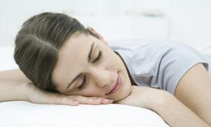 美女睡觉高清摄影图片