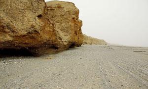 砂石路和山石高清图片