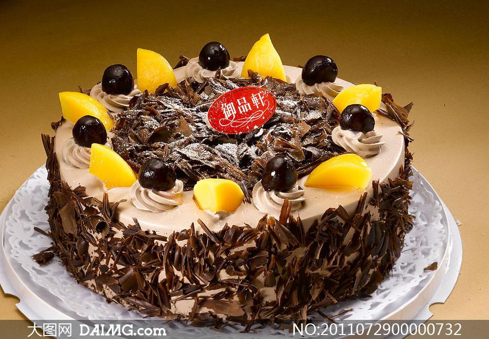 芒果和巧克力生日蛋糕