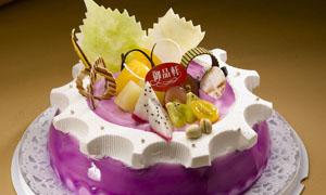 水果奶油生日蛋糕摄影图片