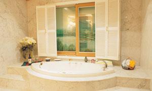 温馨豪华浴室场景高清摄影图片