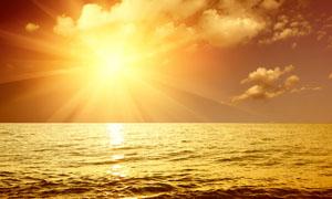 夕阳海景摄影图片