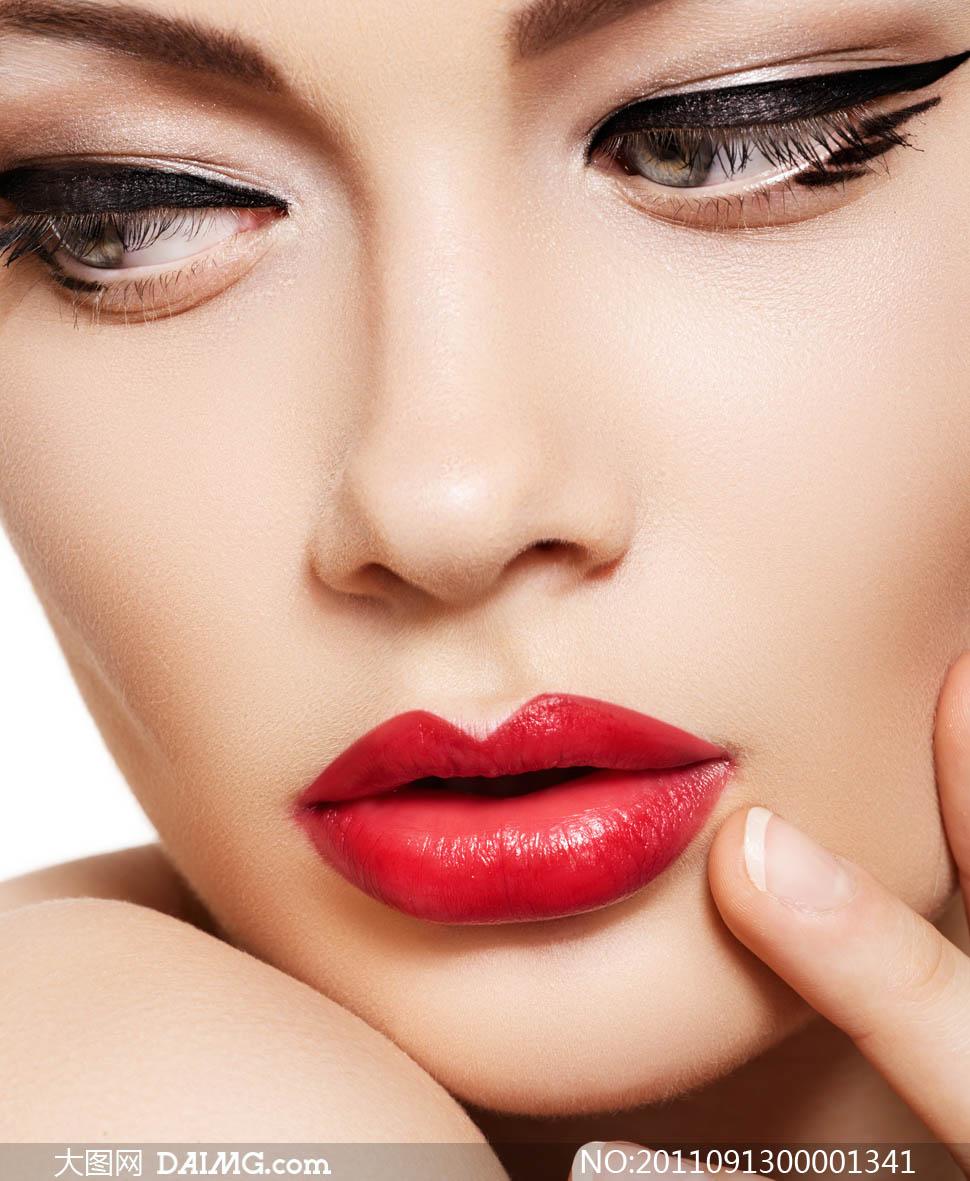 妩媚化妆品广告美女摄影图片