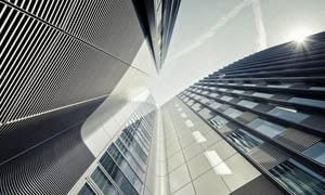 城市建筑楼房仰视摄影图片