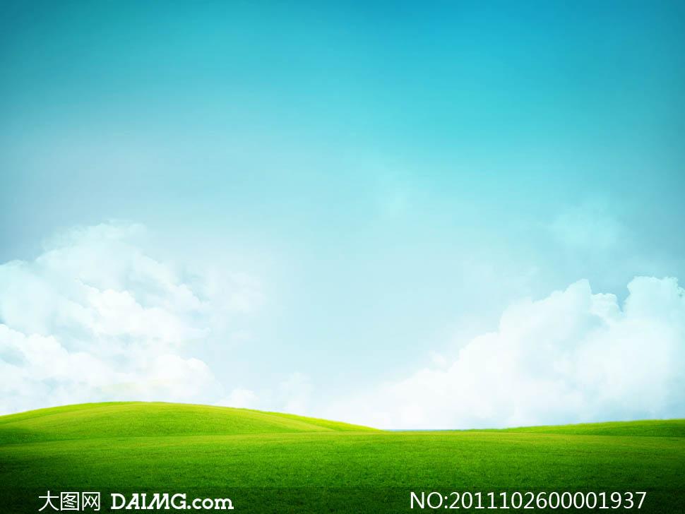 超美的蓝天白云草地高清图片
