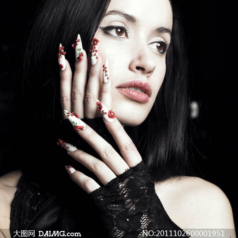 古典指甲美甲的国外美女摄影图片