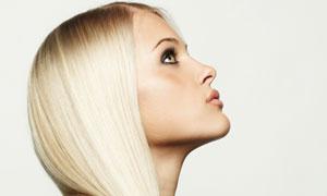 白色长发外国美女人物高清摄影图片