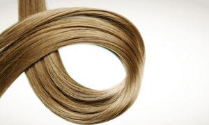 卷起来的头发丝高清摄影图片