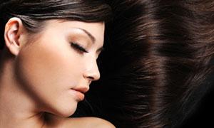 浓密头发的美女人物高清摄影图片