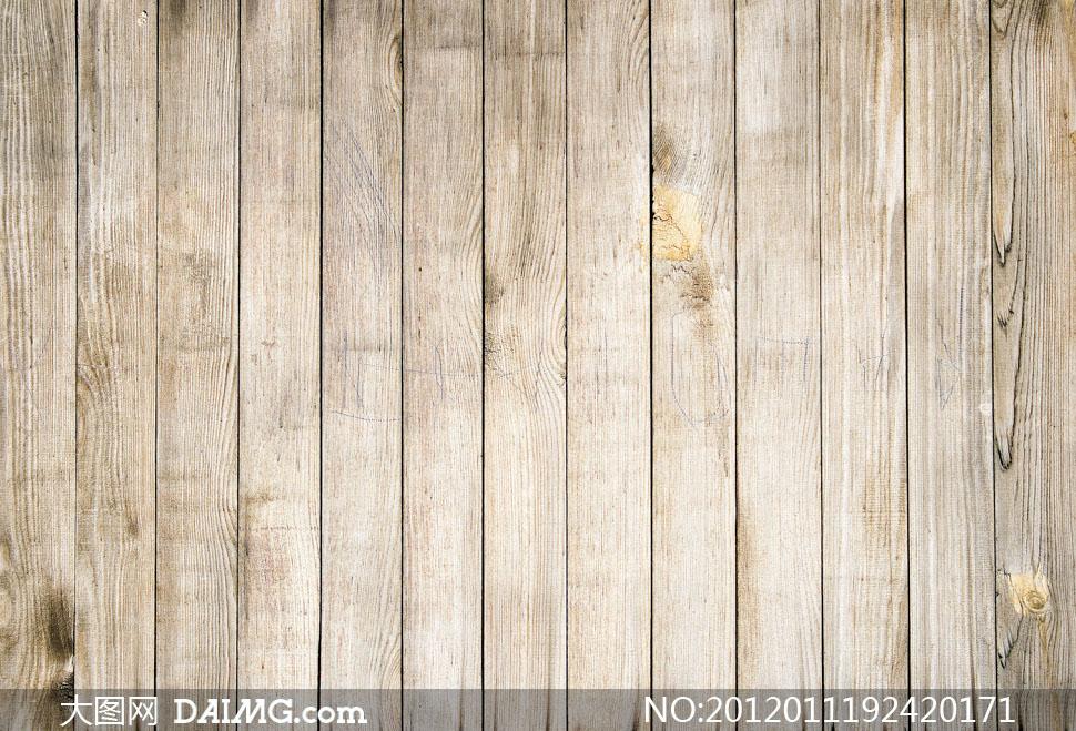 竖向排列的木板高清摄影图片
