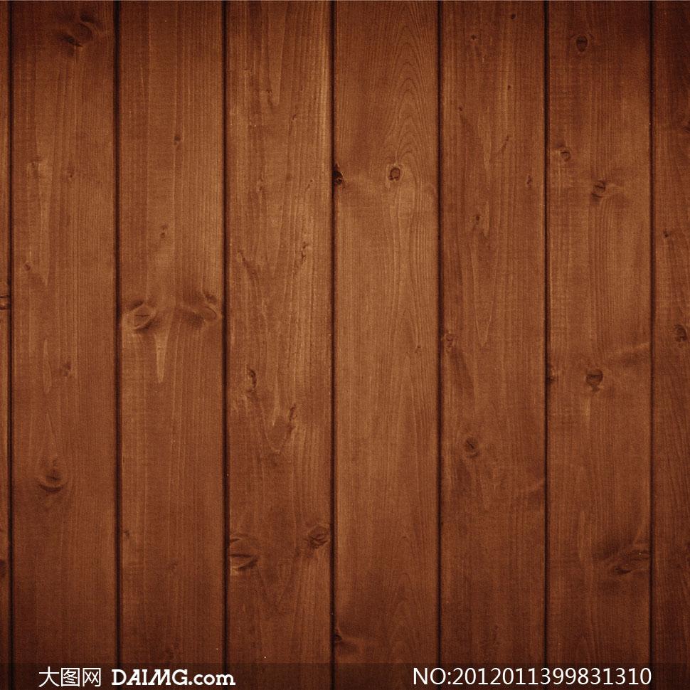 整齐排列的棕红色木板条高清摄影图片