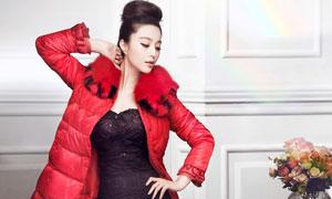 红色羽绒服性感写真美女高清摄影图片