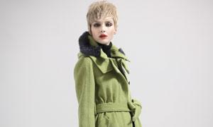 浅绿色毛呢外套大衣美女模特高清摄影图片