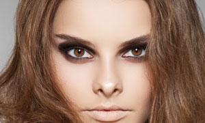 中分卷发外国美女模特人物高清摄影图片