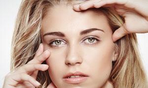 外国长发美女模特人物摄影高清图片