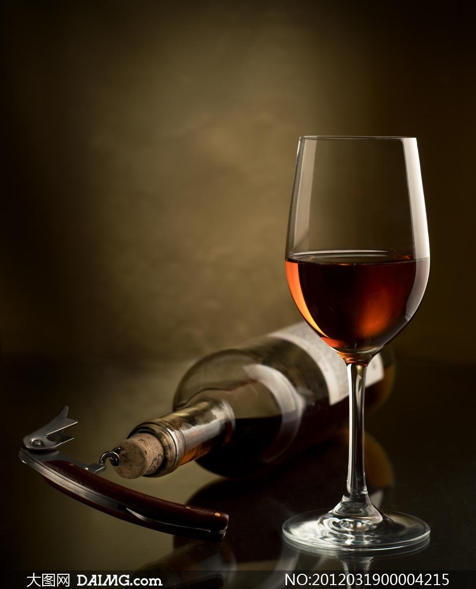 红酒和酒杯摄影图片素材