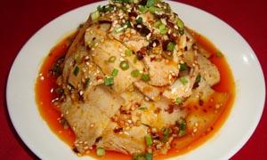蒜泥回锅肉美食摄影图片