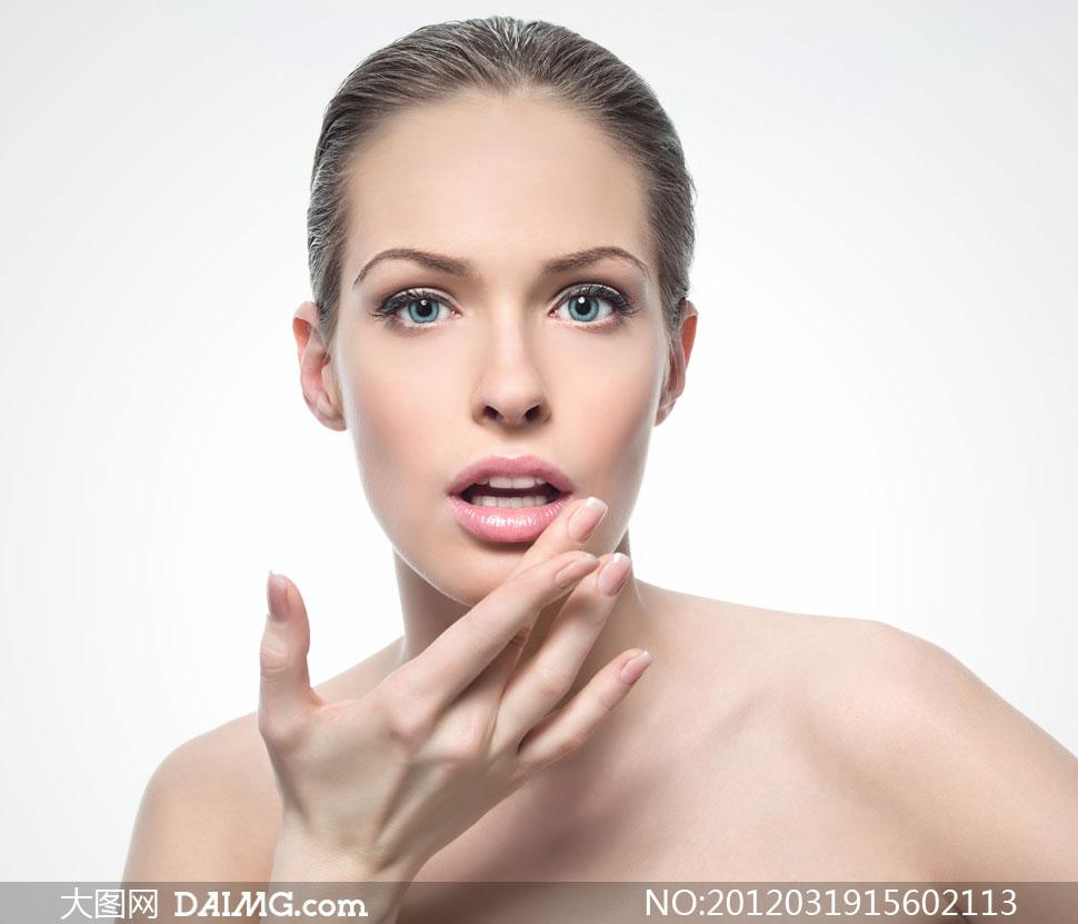 做出惊讶表情的美容美女摄影高清图片