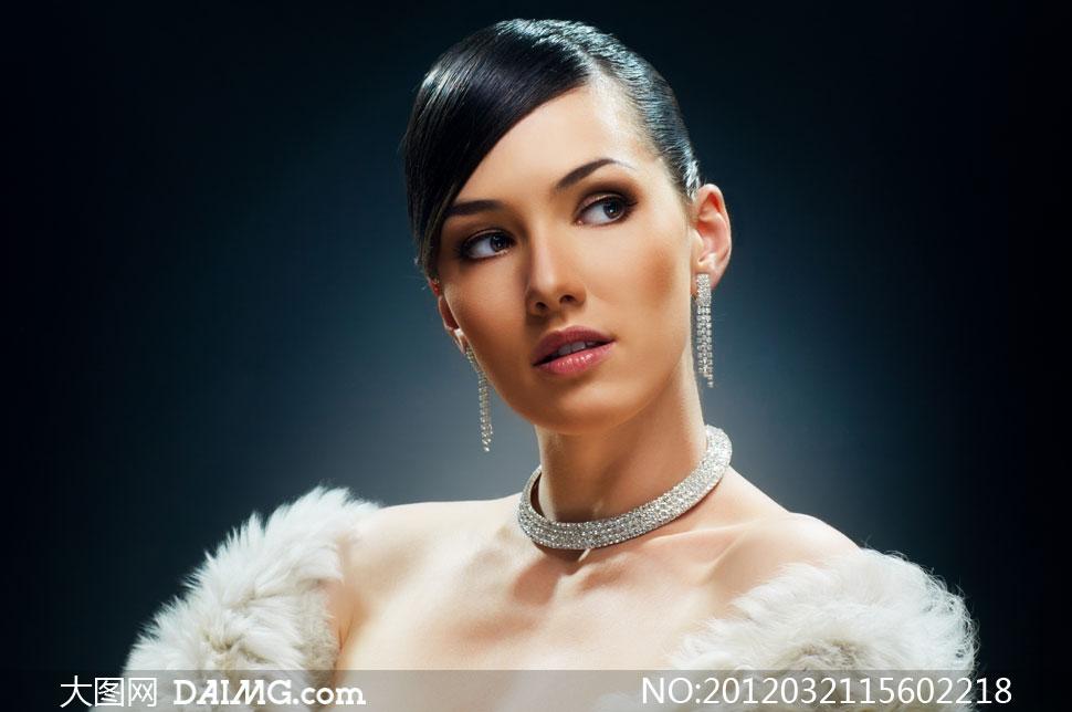 装扮时尚奢华的靓丽美女人物摄影高清图片 大