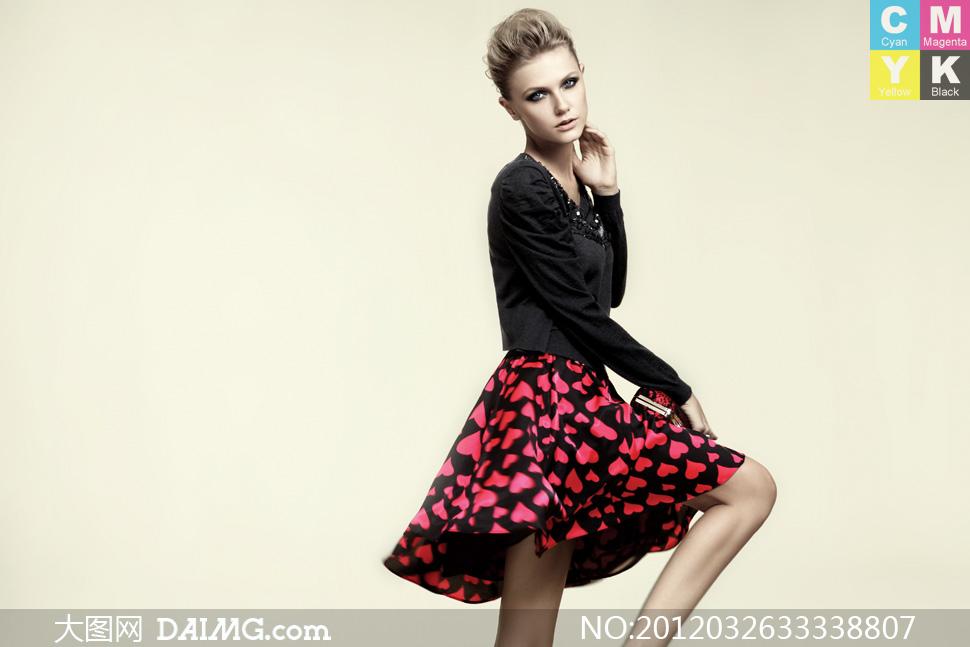 品牌服饰服装广告美女模特摄影高清图片