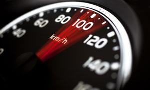 速度仪表盘近景特写高清摄影图片