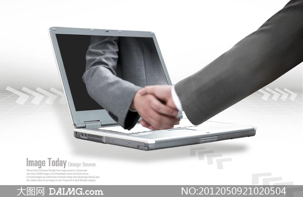 握手与笔记本电脑创意psd分层素材图片