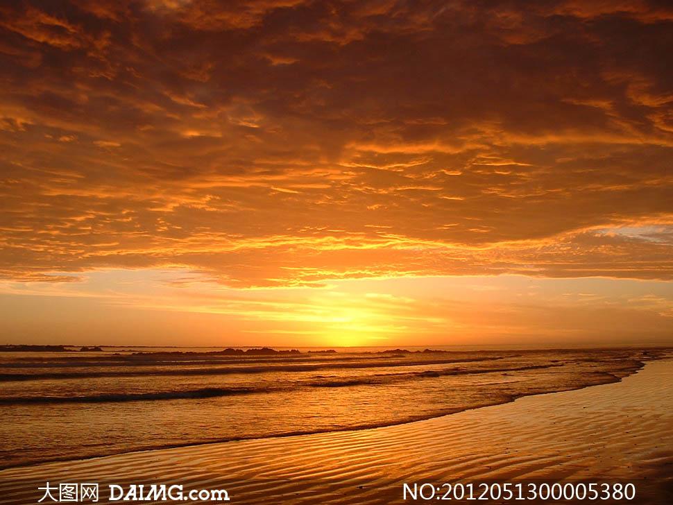 大图首页 高清图片 自然风景 > 素材信息  夕阳下的海边摄影图片 素材