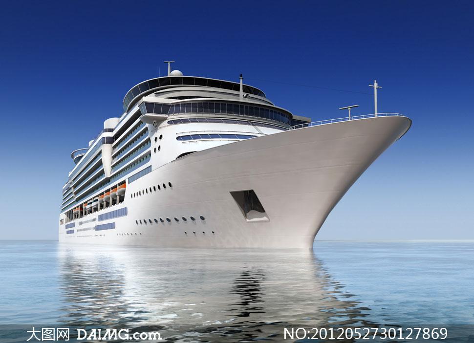 大海上的豪华游轮摄影高清图片