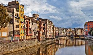 西班牙赫罗纳小镇风光摄影高清图片
