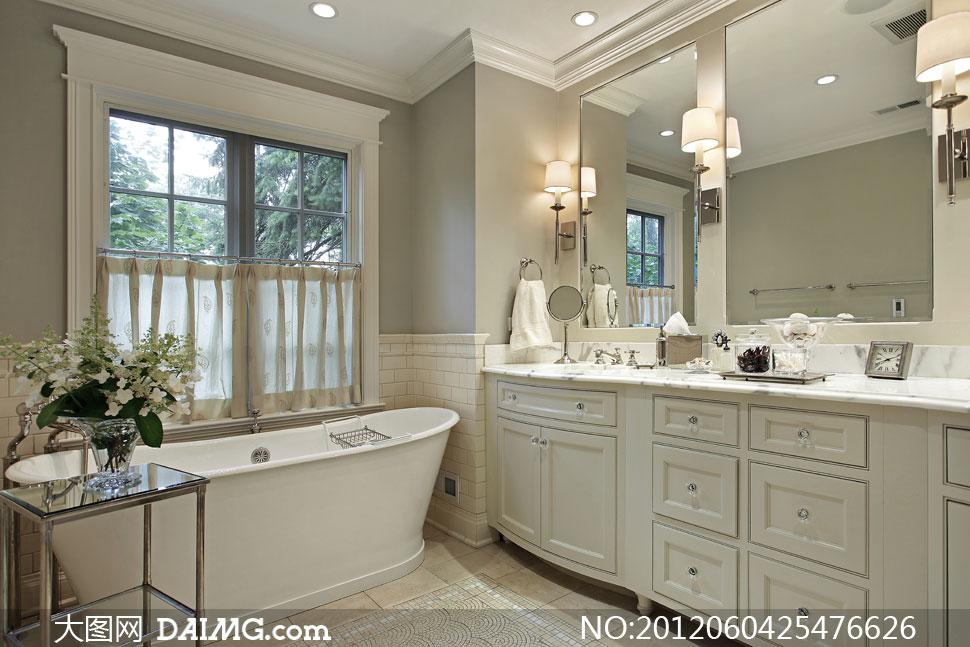 欧式风格梳妆台浴缸高清摄影图片