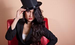 戴黑色礼帽的长发美女摄影高清图片
