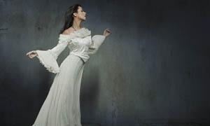 高贵华丽的国外美女摄影图片