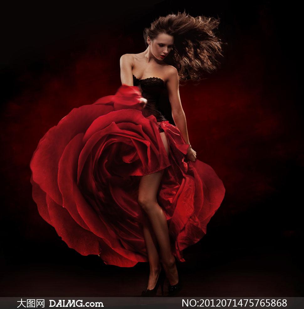 昏暗场景下的红裙美女摄影高清图片 大图网设