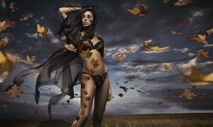 萧瑟秋风中的性感女人摄影高清图片