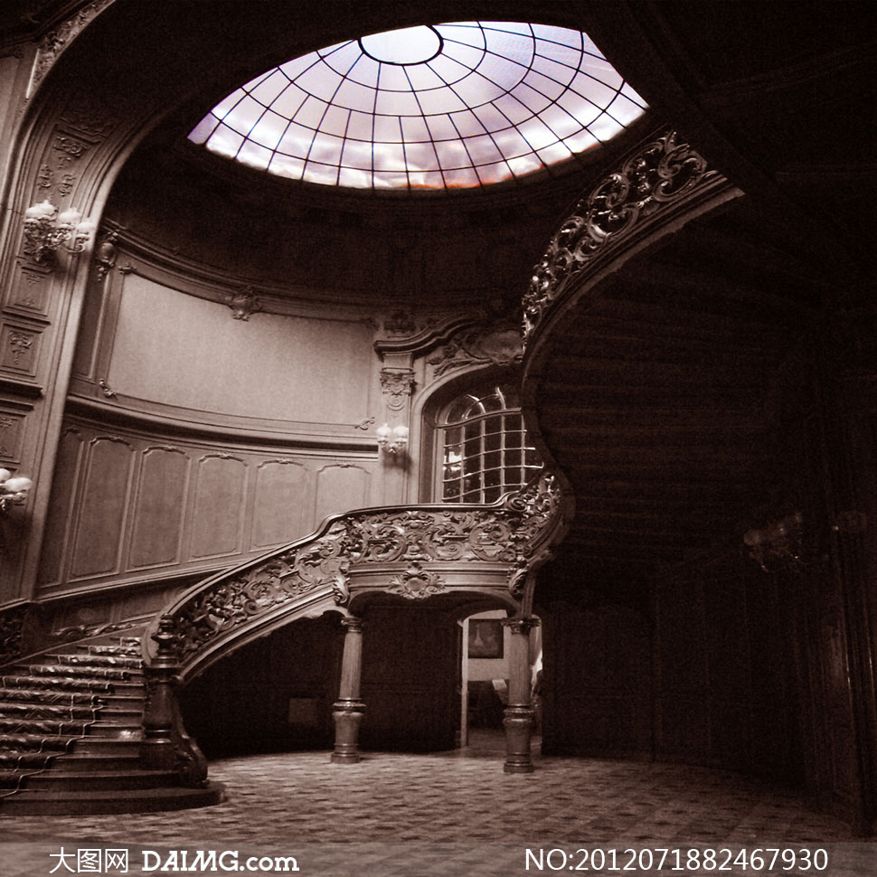 欧式室内旋转楼梯影楼摄影背景图片