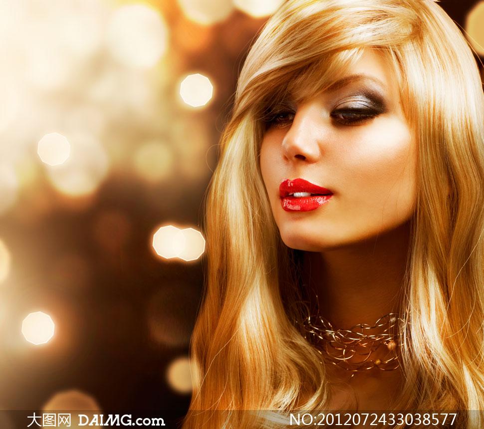 柔顺金发红唇美女人物摄影高清图片下载