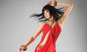 飘逸长发红裙美丽女子摄影高清图片
