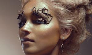 创意发型露肩美女人物摄影高清图片