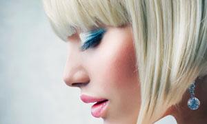 齐刘海儿眼妆短发美女摄影高清图片